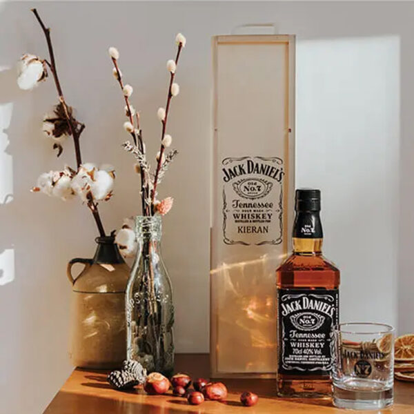 Jack Daniels Tennessee Whisky Personalised Gift Box with Branded Glass